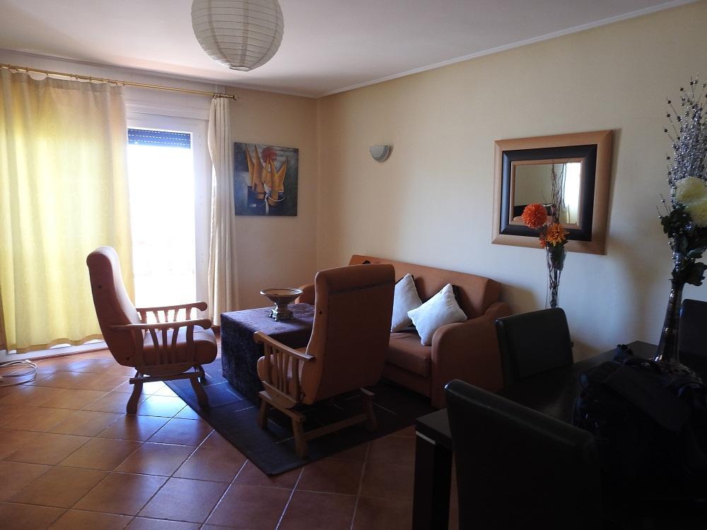 شقة تلاث غرف للايجار اليومى فى مدينة طنجة بجانب فندق موفينبيك